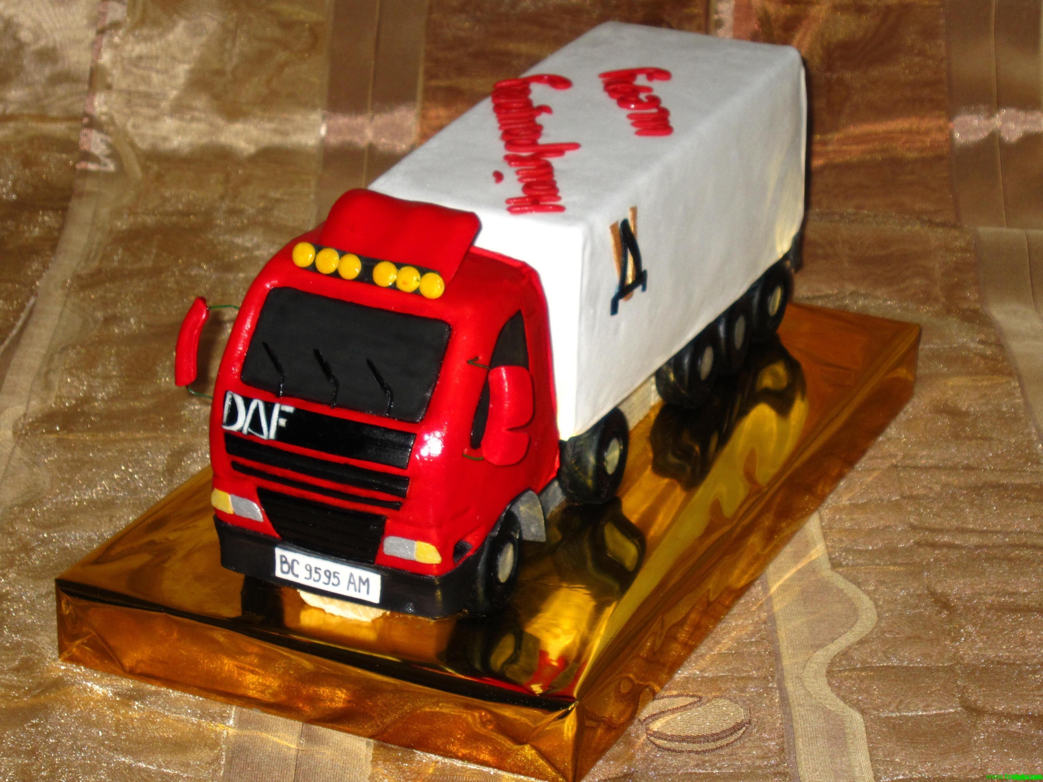 Как сделать из торта фуру 119